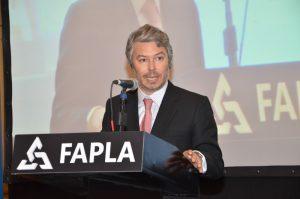 Dr Mariano Federici, Presidente de la Unidad de Información Financiera para brindar su ponencia.